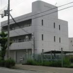 山電 西飾磨駅近く、駐車場2台込みの1階店舗物件。