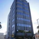 駅南大路沿いのオフィスビル。