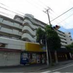 JR東加古川駅近く、1階角部屋の店舗・事務所物件。