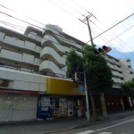 JR東加古川駅近く、広々とした1階店舗・事務所物件。