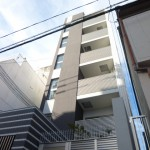 JR姫路駅近く、デザイナーズマンション1階の店舗物件。