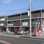 JR英賀保駅近く、専用トイレ付の店舗物件。