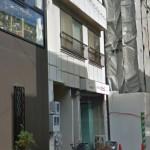 JR姫路駅近く、入口がガラス扉の明るい店舗・事務所物件。