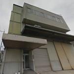 加古郡稲美町、加古鉄鋼団地内にある2階建ての大型工場物件。