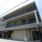 加古川市、駐車場付の1階事務所物件。
