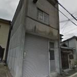 JR姫路駅近く、2階建ての倉庫物件。