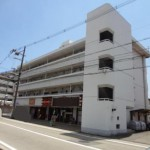 JR東加古川駅近く、カウンター付の1階店舗物件。