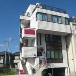 野里駅より徒歩7分、エアコン付の店舗物件。