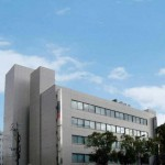 JR姫路駅より徒歩6分、きれいなビル5階の事務所物件。