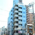 JR西明石駅より徒歩4分、角地で良く目立つ事務所物件。
